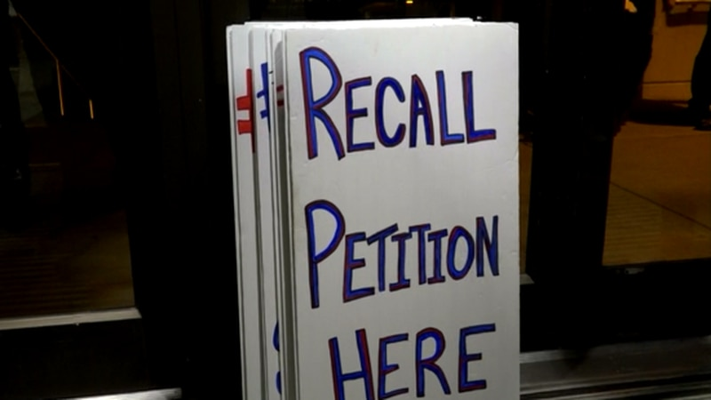 LNK Recall holds first signature event