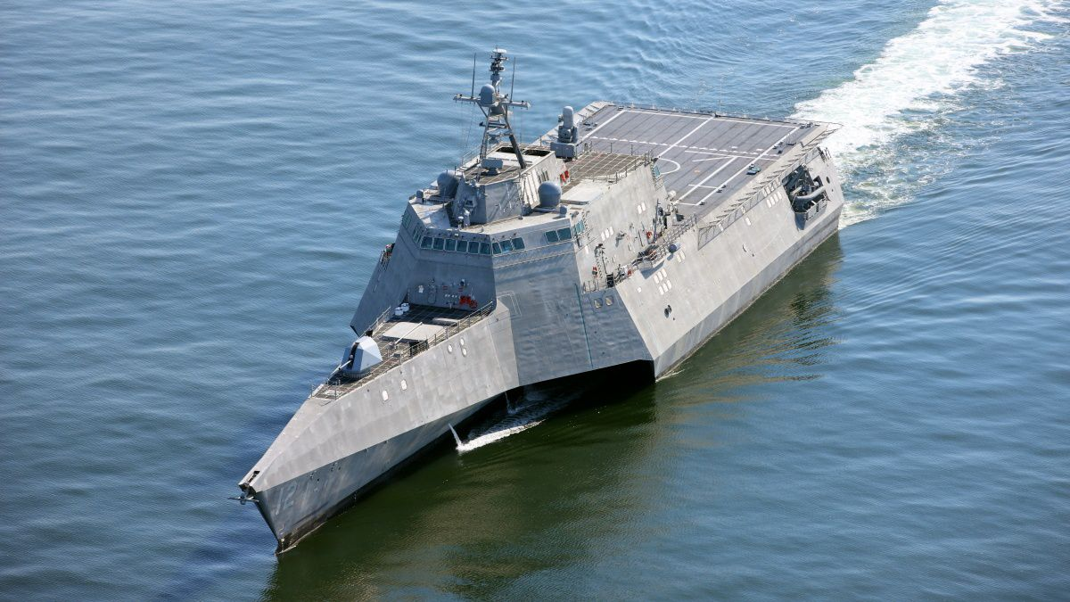 170510-N-N0101-501<br />MOBILE, Ala. (May 10, 2017) The future littoral combat ship USS Omaha...