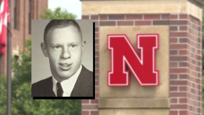 Some sad news to pass along. Larry Frost, the father of Scott Frost has died.