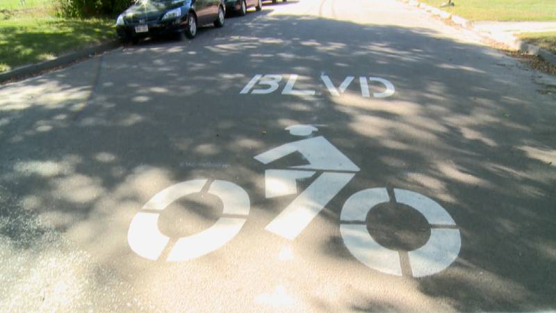 Lincoln opens first bicycle boulevard