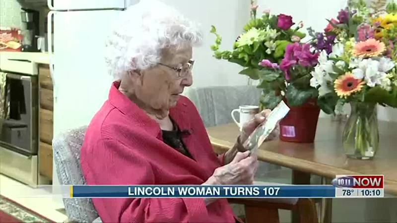 Lincoln woman turns 107