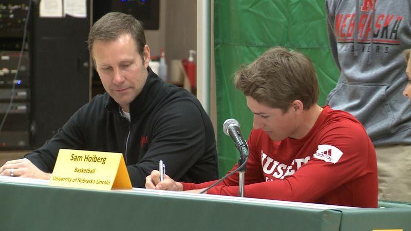Sam Hoiberg, son of Nebraska men's basketball head coach Fred Hoiberg, signed as a walk-on for...