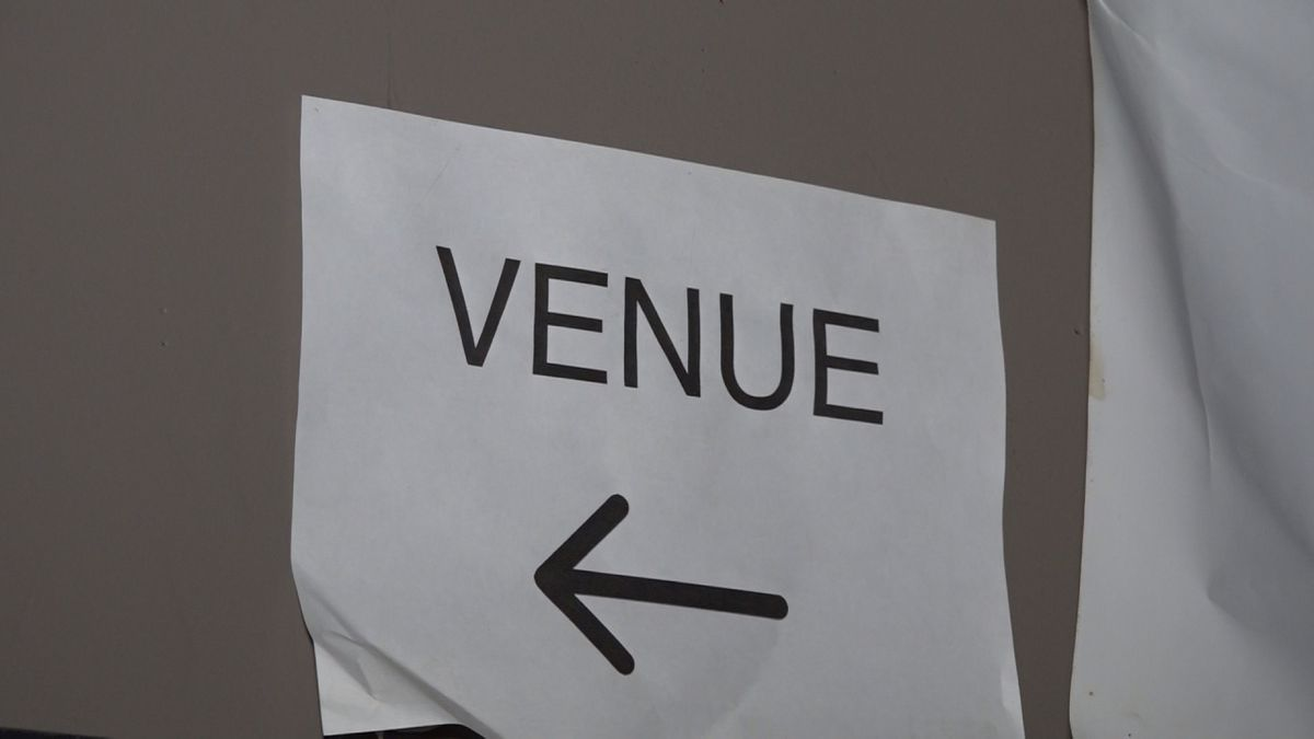 Local venues struggle to stay open
