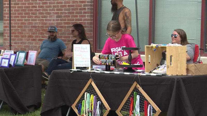 Local children create products for an entrepreneur event