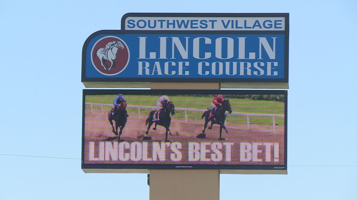 The CEO of Lincoln Racecourse among others are working to get casino gambling on this November's ballot.