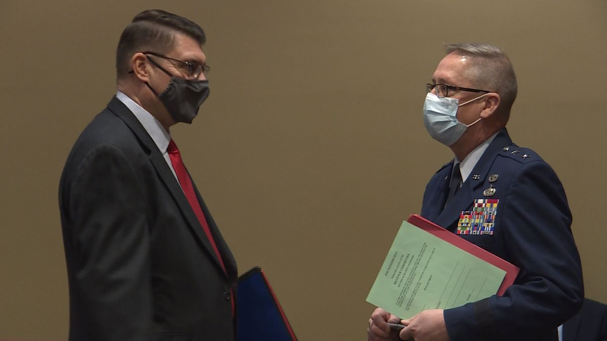 State lawmakers pushing to help retired military veterans.
