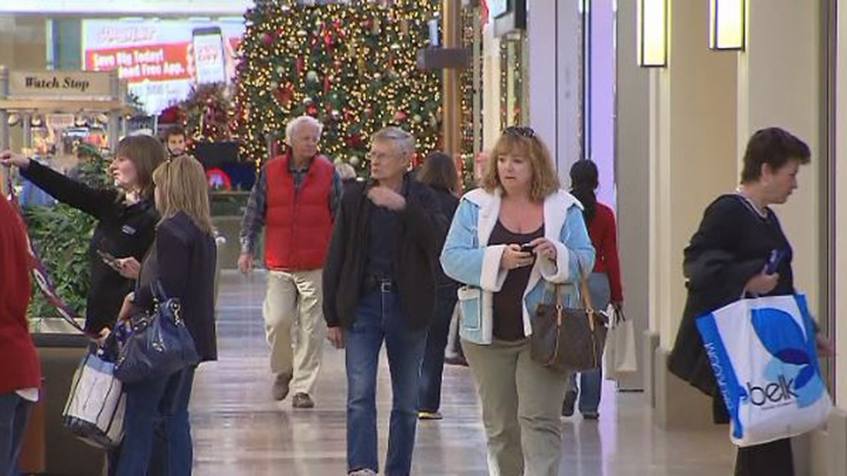 If you're looking to save and want to avoid any debt during the holiday season, experts say right now is the time to get started (SOURCE: KOLN.)