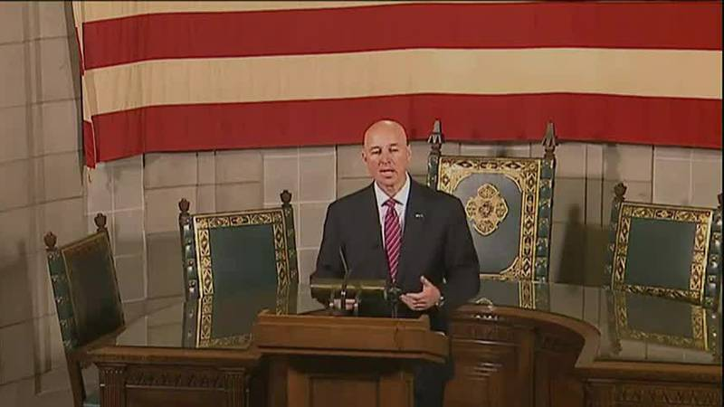 Ricketts defends scaling back Nebraska COVID-19 data reporting