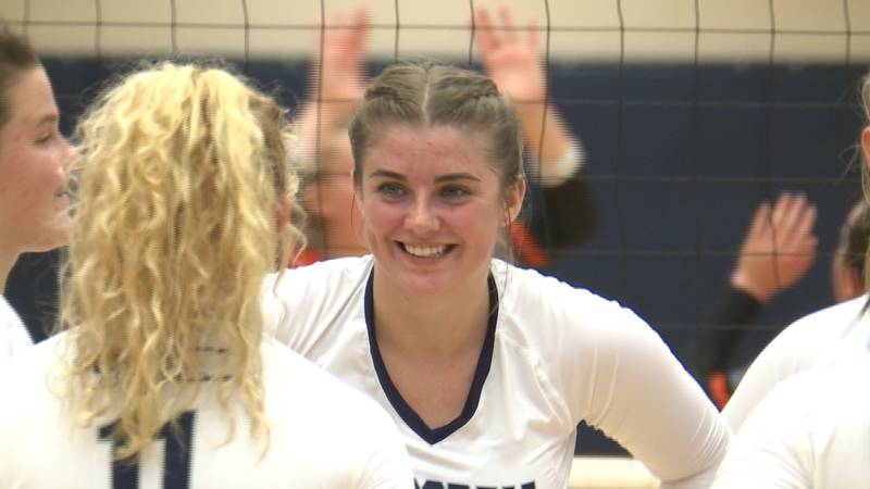 Carly Rodaway is an outside hitter at Concordia University.