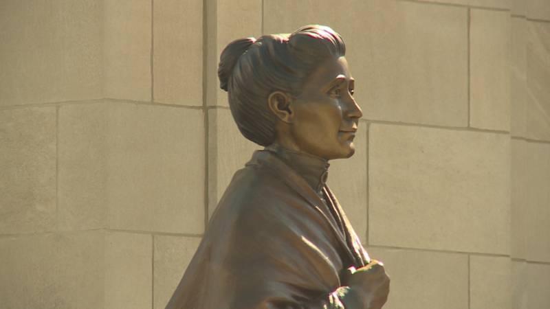 Dr. Susan LaFlesche Picotte statue unveiled