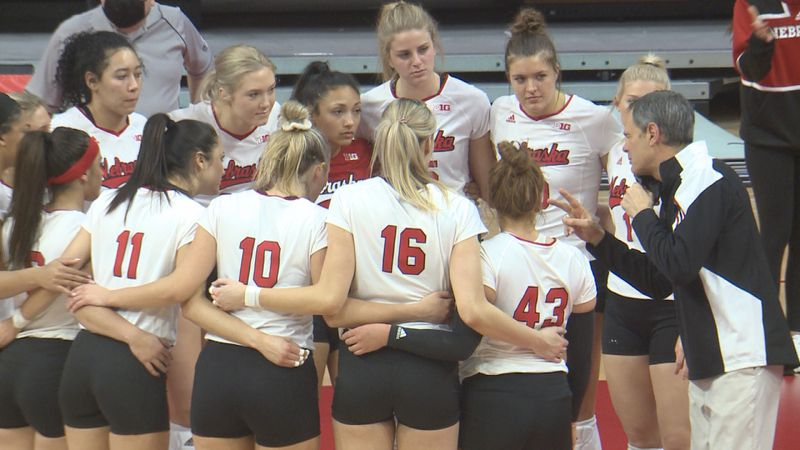 The No. 4 Nebraska volleyball team swept Maryland 25-14, 25-21, 25-18 on Saturday night at the...