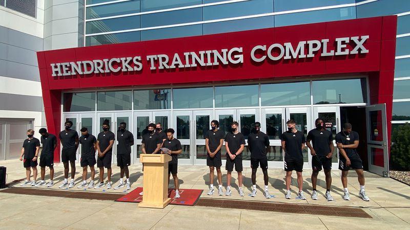 Nebraska men's basketball takes stand against racial injustice