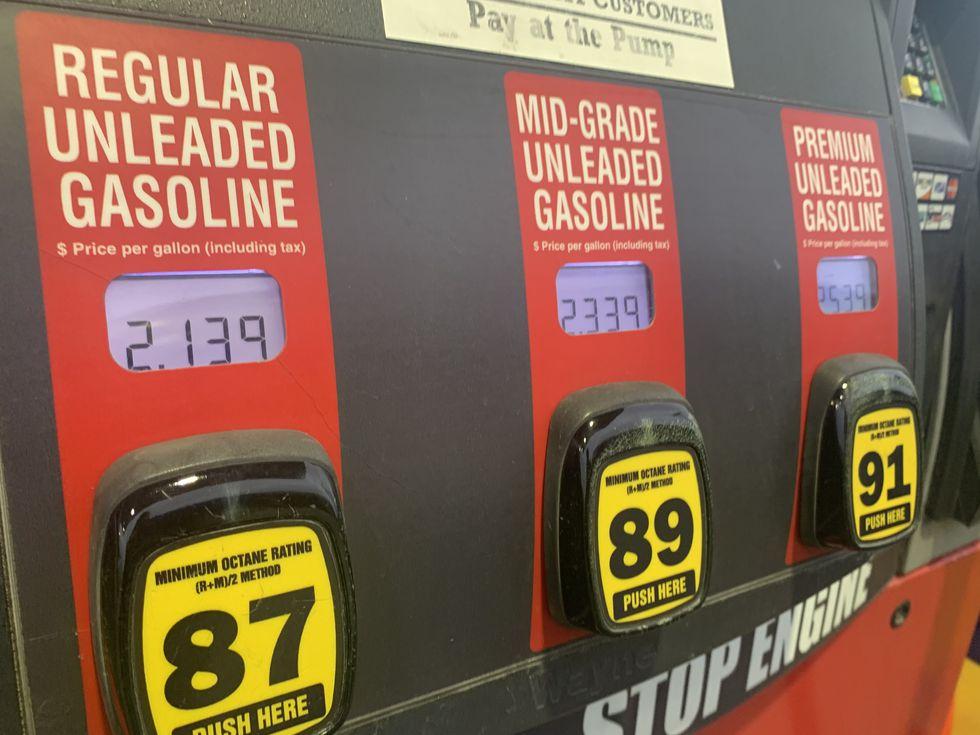 Nebraska seeing higher gas prices than the region - KOLN
