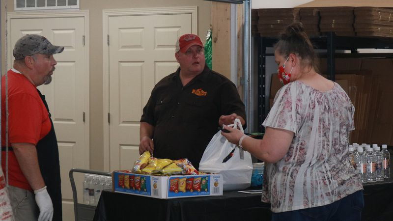 Fat Boy Natural BBQ in Hickman held a fundraiser for the family of the late Investigator Mario...