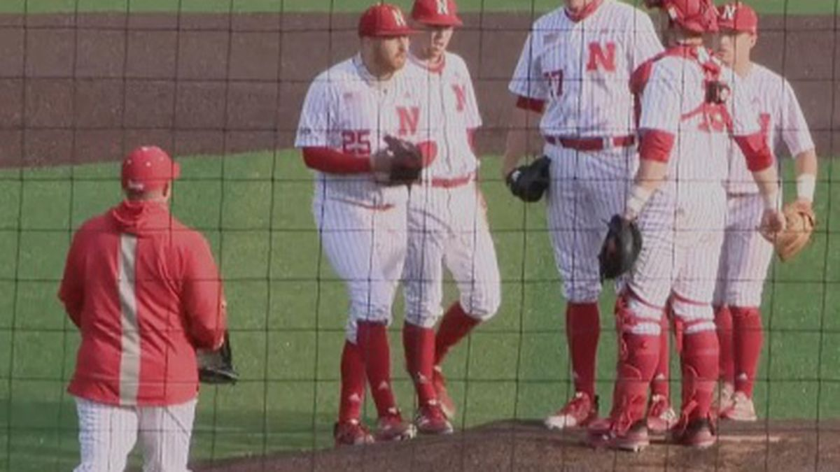 The Huskers come together on the mound