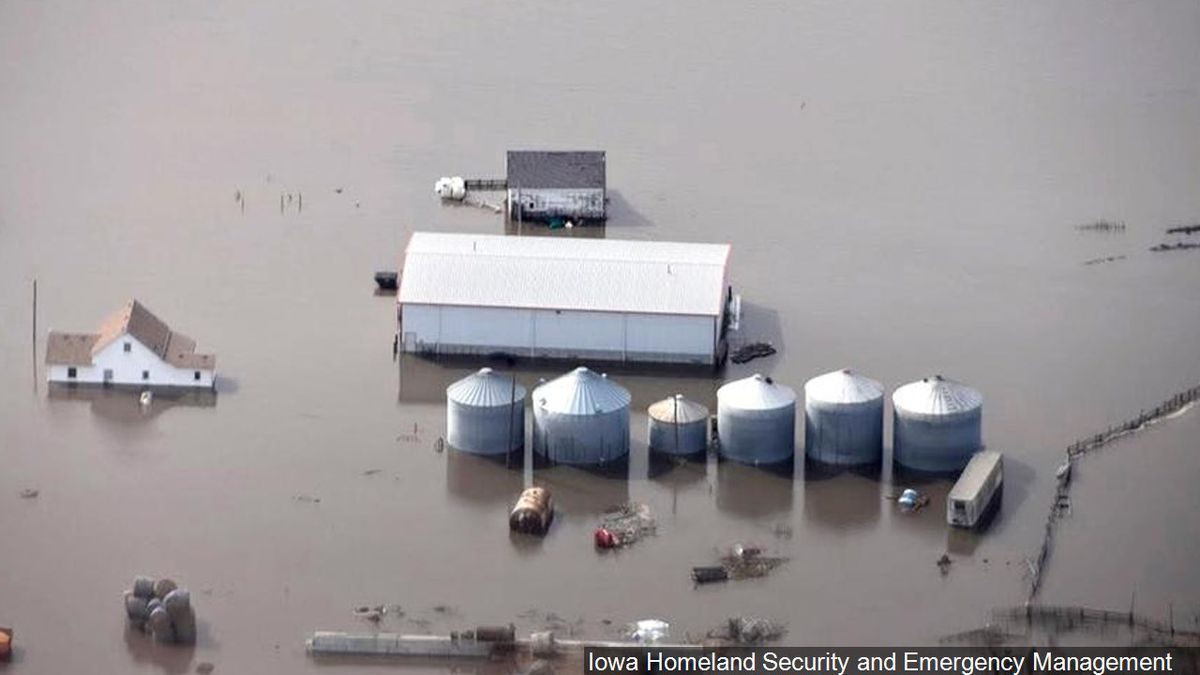 Flooding along the Missouri River in rural Iowa, Photo Date: 3/18/2019 / Source: Iowa Homeland Security and Emergency Management