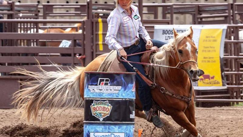 Born and raised in the capital city, Hadley Teut has been competing in rodeo's her whole life....
