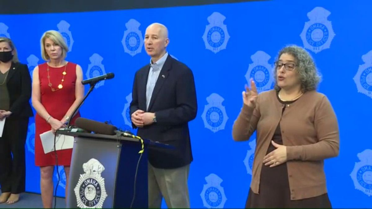 Omaha Mayor Jean Stothert, left, and Gov. Pete Ricketts hold a news conference Sunday, May 31, 2020, after two nights of protests in Omaha. (WOWT)